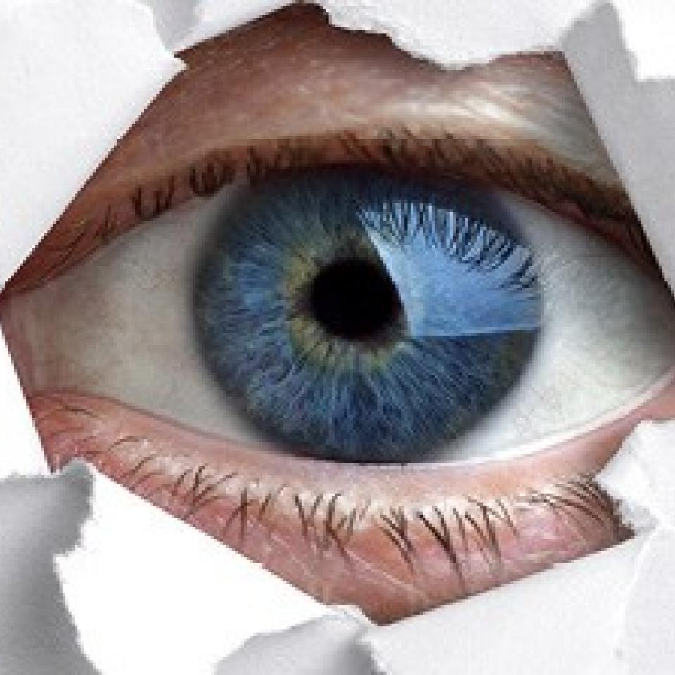 Aufgerissenes Auge